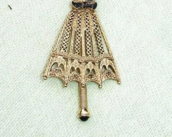 Vintage Ornate Gold Closed Umbrella Brooch