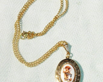 Vintage Cupid Cameo Golden Locket on Gold Tone Chain