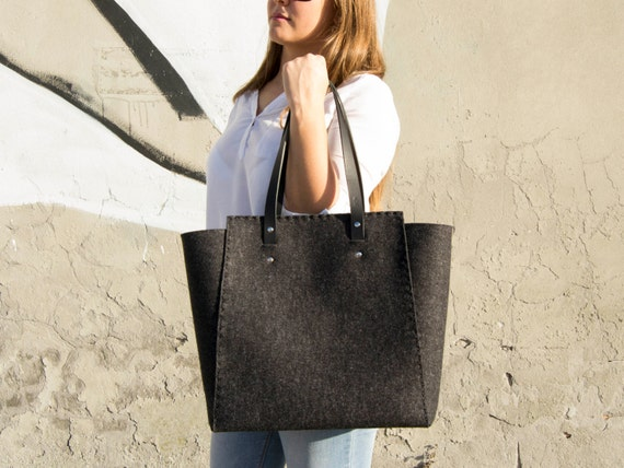 30% OFF - Extra large Felt TOTE BAG / black felt tote bag / black felt shopper / felt shoulder bag / carry all bag / made in Italy