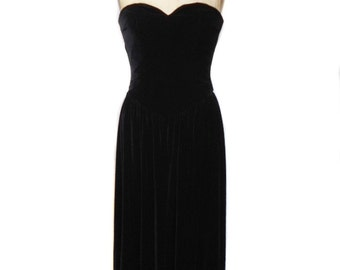 vintage 1980s strapless velvet dress / Kathryn Conover Saks Fifth Avenue / black velvet / party dress / women's vintage dress / size 10