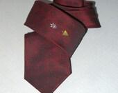 Vintage 50s 60s necktie tie / 1950s rockabilly 1960s mad men / rat pack Beatles teddy boy / red black mid century