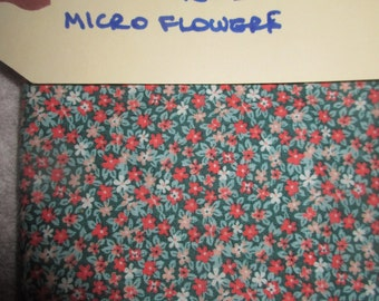 Vintage Fat Quarter Micro Flowers From the 60s Cotton Fabric