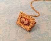 Vintage Locket, Book Locket with Cameo, The Reader's Locket, Librarian Gift, Gift for Her