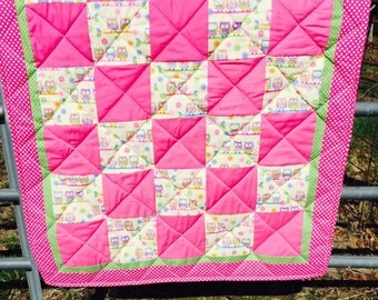 Owl Crib Quilt in Multi