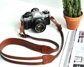 THE TRAVELER     Brown Leather Camera Strap, Bohemian Leather Camera Strap, White Camera Strap, Womens Neck Strap, Stylish Camera Strap,