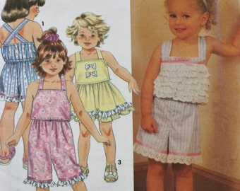 Girls Shorts Skirt and Top Sewing Pattern Simplicity 7908  Size 2-4