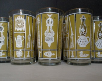 Vintage Glass USA  Americana with Gold Trim - Set of 4 - Mustard Yellow Tumblers Water Glasses (2 Sets Available)