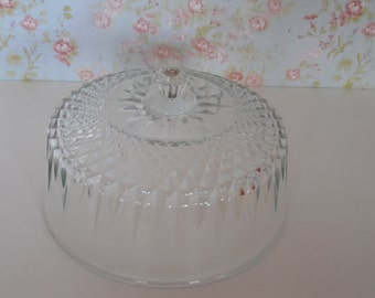 Glass cake dome / 8 Inch Glass pastry dome / cake lid / glass cloche dome / Pastry Dome / vintage glass / glass cover / Arcoroc