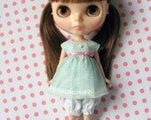 Dress, bloomers & tiara for Blythe doll.