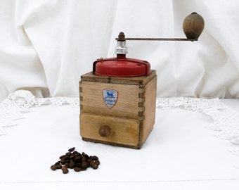 Vintage French Peugeot Fréres Red Colored Metal and Wooden Coffee Grinder, French Kitchenware Decor, Kitchenalia, Retro Home, Kitchen
