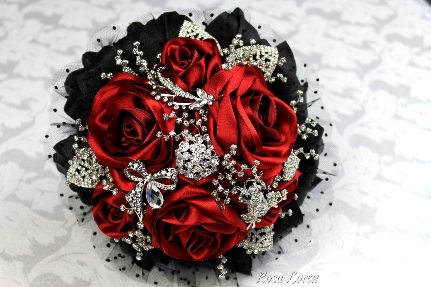 Red Rose Bouquet Red Bouquet Red Amp Black Bridal Bouquet Red