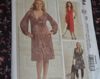 McCalls M5484  Womens Dresses Sewing Pattern - UNCUT - Size 20W 22W 24W 26W 28W