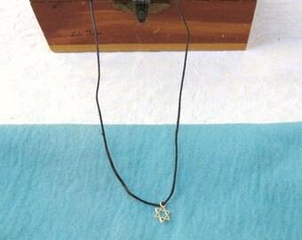 Mini Star of David Necklace / men / teen jewelry / boys / women / girls / hannukah / Israel / jewelry / men's jewelry / women's jewelry