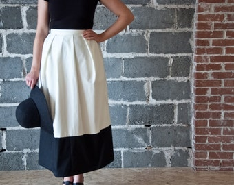 Floor Length Pleated Skirt with Pockets | Black and White Skirt