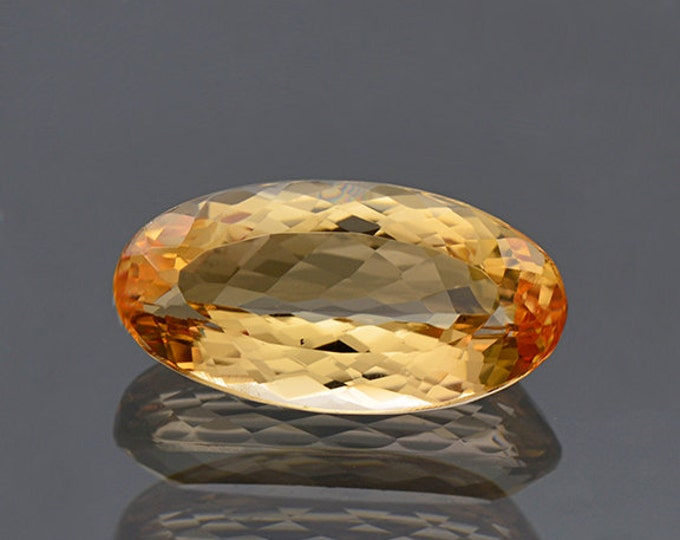 UPRISING SALE! Pretty Orange Imperial Topaz Gemstone from Brazil 6.38 cts