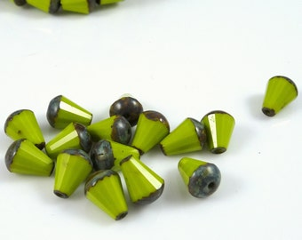 Czech Beads, Czech Glass Beads - Chartreuse, Bright Avocado Green (DRO/RJ-1822) - 5x8mm Teardrops - Qty. 15