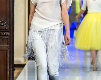 Ecru cigarette trousers, pants, trousers, length 7/8, leg 7/8, ecru, elegant, original, fashionable, comfortable