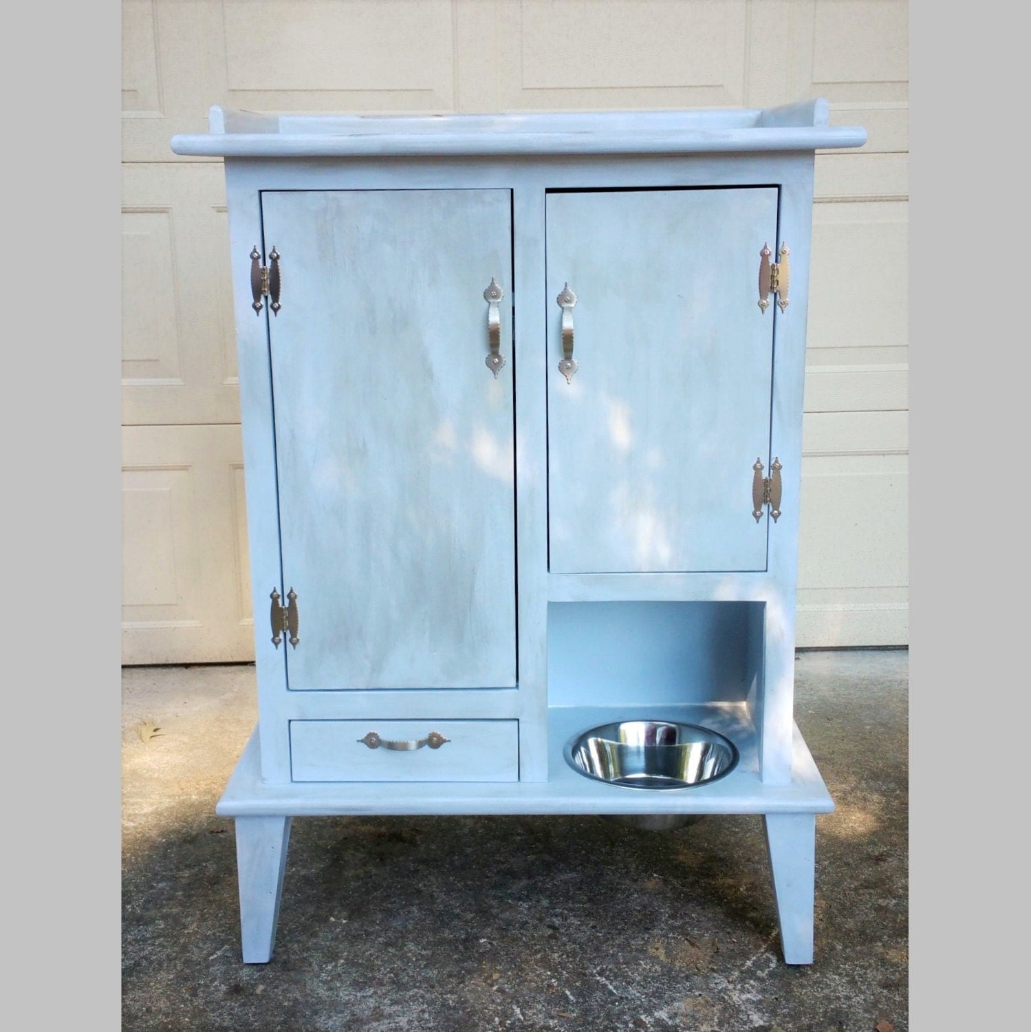 pet pantry with open bowl bowl drawer and two cabinets flat. Black Bedroom Furniture Sets. Home Design Ideas
