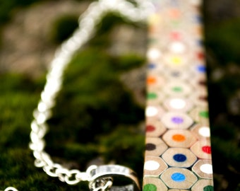 Necklace from colored penvcils