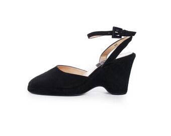 Platform Sandals Black Suede Sling Back Sandals Wedge Sandals Minimalist Shoes 90s Shoes Vintage Sandals Women's Size US 7 / UK 5 / EUR 37