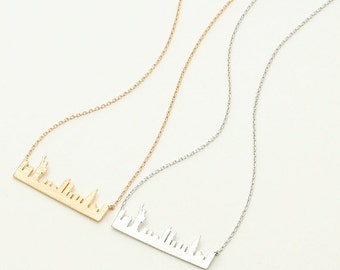 New York Skyline Necklace / new york city necklace, skyline cityscape necklace, the statue of liberty, landscape necklace / N287