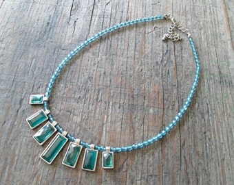 Beaded Choker Necklace, Turquoise Green Necklace, 70's Choker Necklace, Turquoise Blue Necklace, Blue Resin Necklace, Retro 70's Jewelry