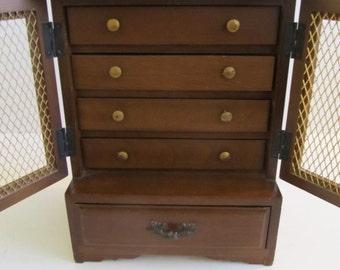 Musical Jewelry Box, Jewelry Box, Jewelry Chest, Jewelry Box, Vintage Jewelry Box, Mid Century, Japan, Jewelry, Jewelry Boxes, Wooden Boxes