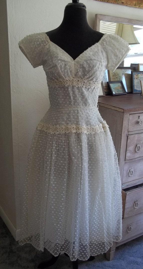 Items similar to wedding dress vintage gorgeous 1950 39 s for Usa made wedding dresses