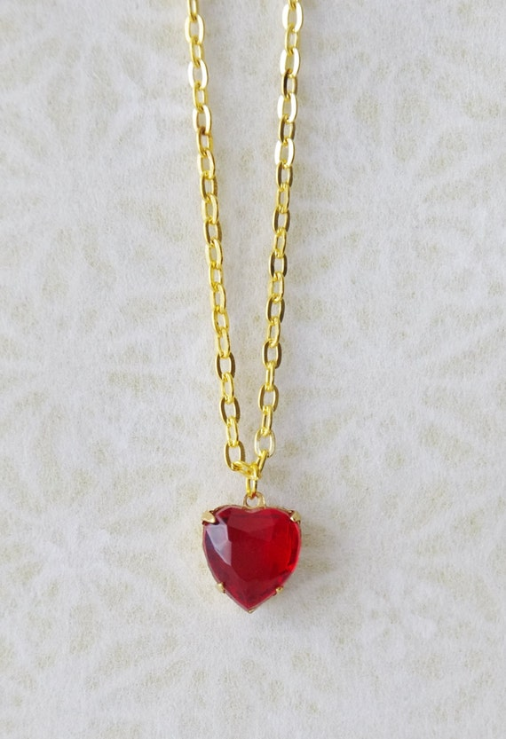 ruby heart necklace girlfriend present vintage gold. Black Bedroom Furniture Sets. Home Design Ideas
