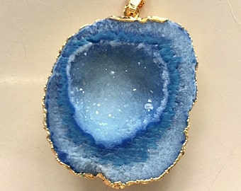 Denim Blue Crystal Druzy Agate Pendant Necklace