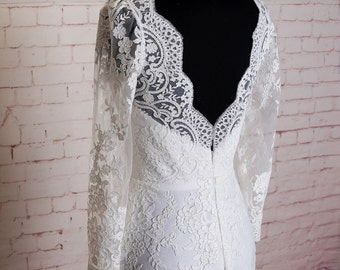 Long Sleeves Wedding Dress with V Back Sheath Style Bridal Gown with Elegant Lace Applique V Neck Wedding Dress with Sweep Train