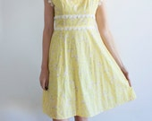 Vintage Yellow Polka Dot and Floral Print Fit and Flare Dress with Cream Lace Trim // 60s // 70s