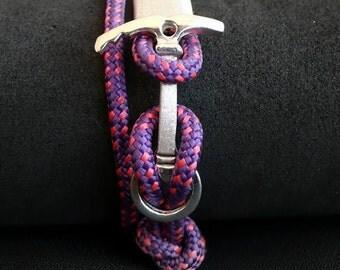 Bracelet ice axe