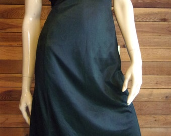 Vintage Lingerie 1960s MOVIE STAR Black Size 34 Tall Full Slip