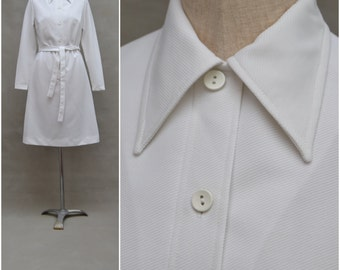 Vintage dress, 1960's / 70's White shirt style dress, 60's Crimplene dress with tie waist belt, Long sleeved St Michael dress, Mod, Small