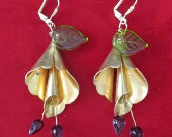 Pair of Vintage Brass & Czechoslovakian Glass  Flower Earrings