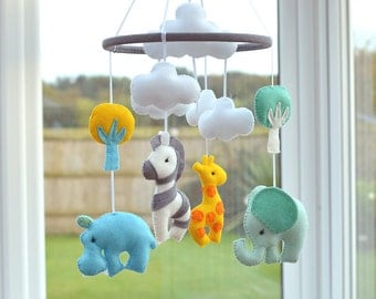 Animal Mobile - Baby Mobile - Nursery Mobile- Baby Shower Gift - Multicoloured -  MADE TO ORDER