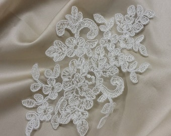 Ivory Lace applique, Ivory lace, French Chantilly lace applique, 3D lace, bridal applique, Applique