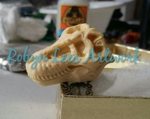 Large Tyrannosaurus Rex T-Rex Dinosaur Resin Skull Adjustable Bronze Filigree Ring, Animal Anatomy, Gothic History