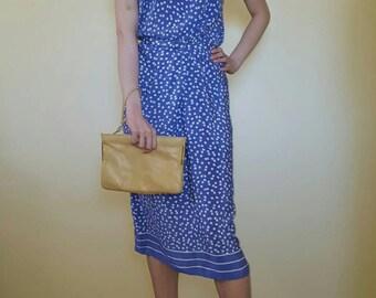 Vintage 1940s blue shamrock dress.