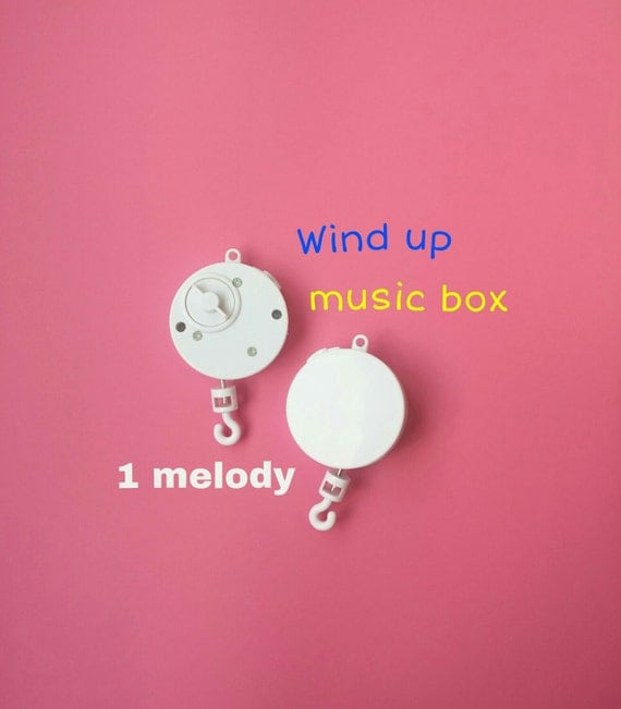 wind up crib mobile music box rotary music box crib mobile. Black Bedroom Furniture Sets. Home Design Ideas