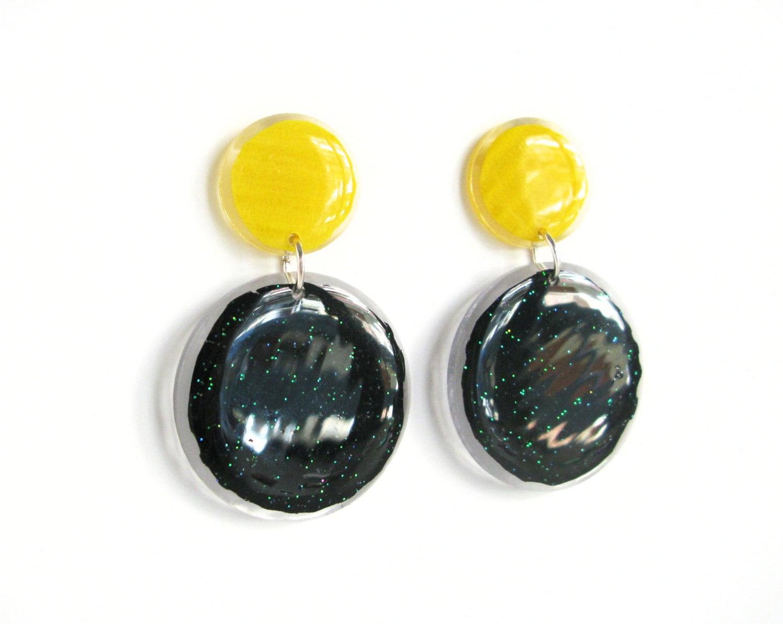 mod earrings yellow black retro earrings disk