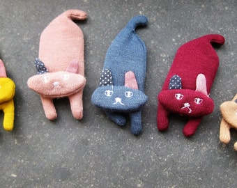 so cute hair clips with cats from fabric for girls and Moms