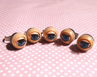 I am doll eyes ring