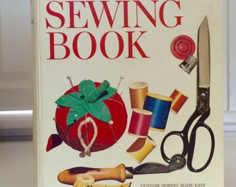 Better Homes and Gardens Sewing Book 1972