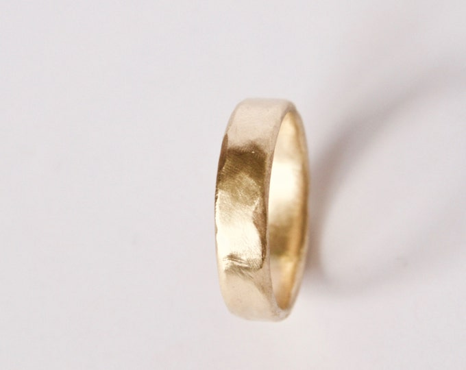 Organic Shape Gold Ring - Wedding Ring - Unique Textured Band  - 18 Carat Gold Molten Ring - Men's Women's - Couples - Unisex