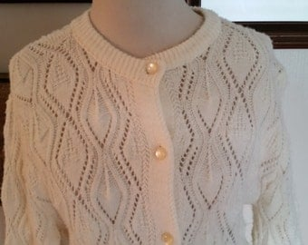 Simple Vintage Cream Knit Sweater/Cardigan