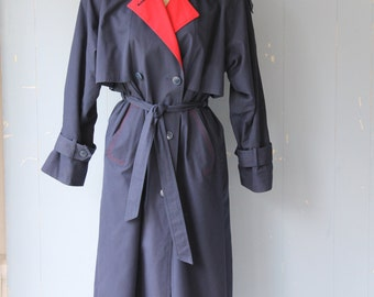 Vintage 70s Trench Coat/Navy and Red/Spring Coat/Spring Trench/Street Style/Fashion Blogger Style/Boho/