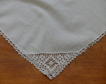 Wedding Hankerchief Ladies Hankie Grandmother Gift Vintage White Hankie Vintage Handkerchief No Ugly Crying Gift for Her White Lace Hankie