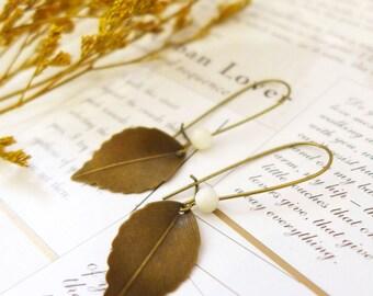Long Leaf Earrings, Antique Brass Leaf Jewellery, Long Earrings, Leaf Dangle Earrings, Leaf Drop Earrings, Woodland Earrings Nature Earrings
